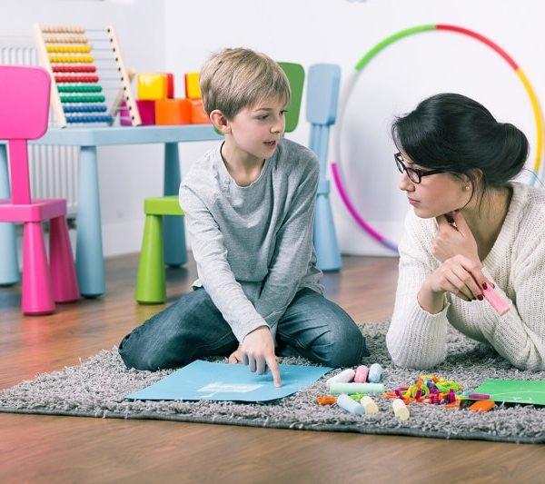 گفتار درمانی در منزل